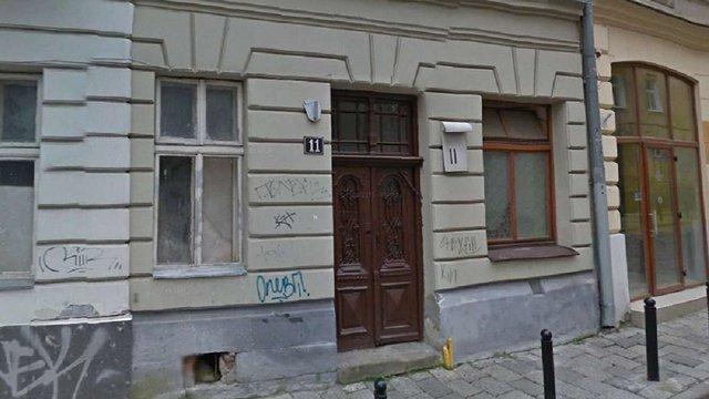 Під час реставрації старого будинку в центрі Львова знайшли снаряд