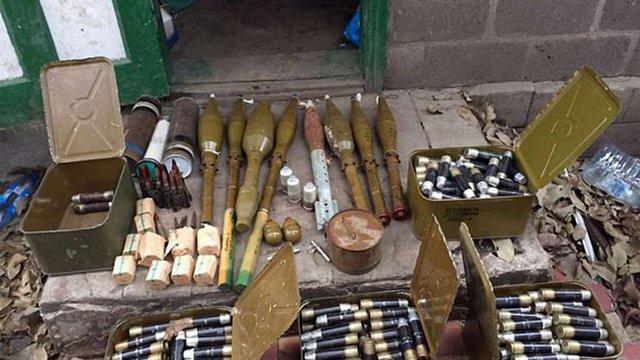 Міліція вилучила арсенал боєприпасів у Мар'їнці на Донеччині