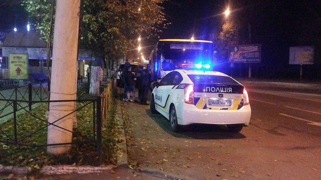 У Львові нетвереза жінка випала з маршрутки і розбила обличчя
