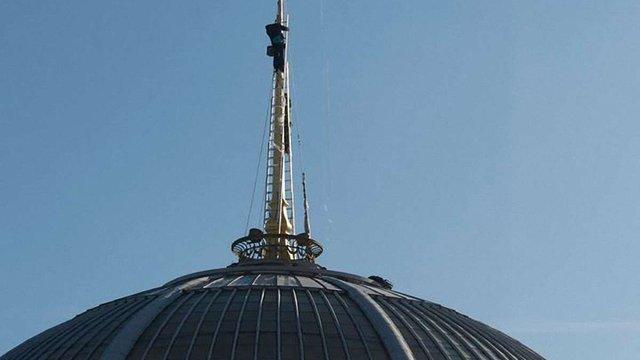 Зірку над Верховною Радою України замінили на тризуб