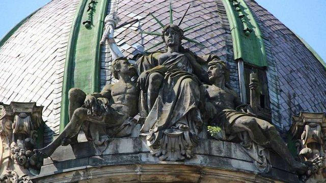 Завтра на аукціоні збиратимуть кошти на реставрацію «статуї Свободи» у Львові