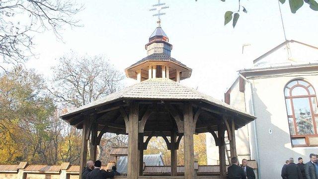 У «Шевченківському гаю» збудували каплицю над криницею митрополита Шептицького