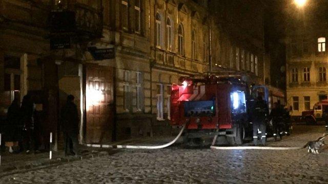 У Львові через паління в ліжку чоловік спричинив пожежу у власній квартирі