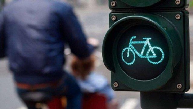 У Львові встановлять перші світлофори для велосипедистів