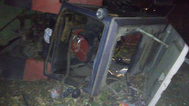 На трасі Львів-Шегині BMW X5 врізався у трактор, водій джипа загинув