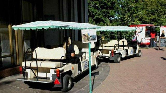 Мерія на рік продовжила дозвіл на діяльність екскурсійних електромобілів