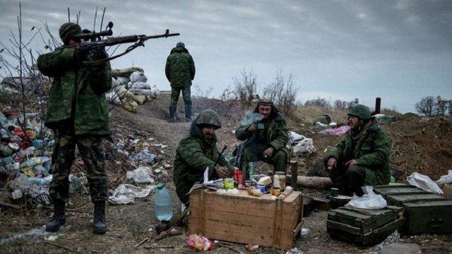 Бойовики обстріляли позиції сил АТО в районі Мар'їнки і Опитного