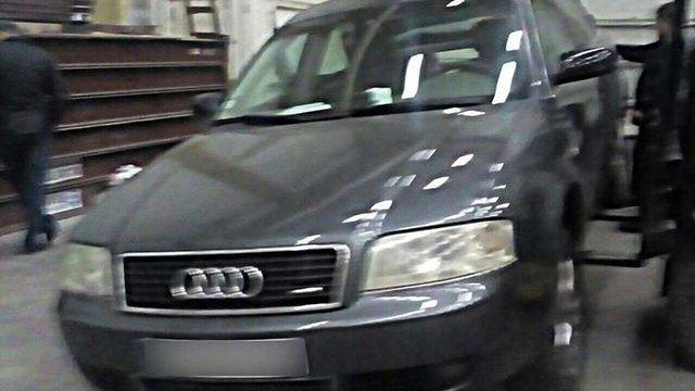 На кордоні з Румунією затримали автомобіль з 65 кг наркотиків