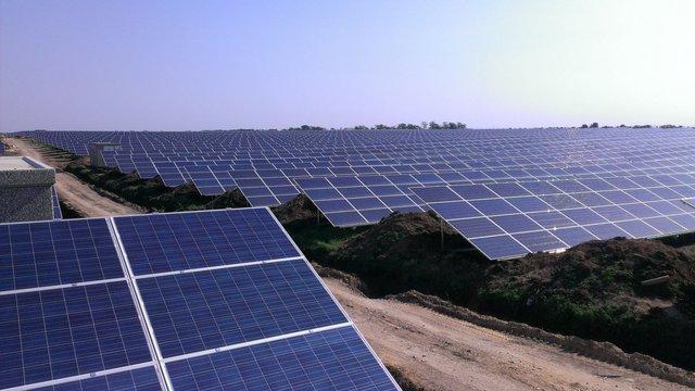 Китайська держкомпанія купує сонячні електростанції братів Клюєвих