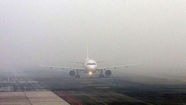У Львівському аеропорту через туман до кінця дня скасували усі рейси