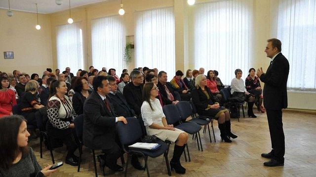Понад півсотні найкращих вчителів у Львові отримали по ₴25 тис.