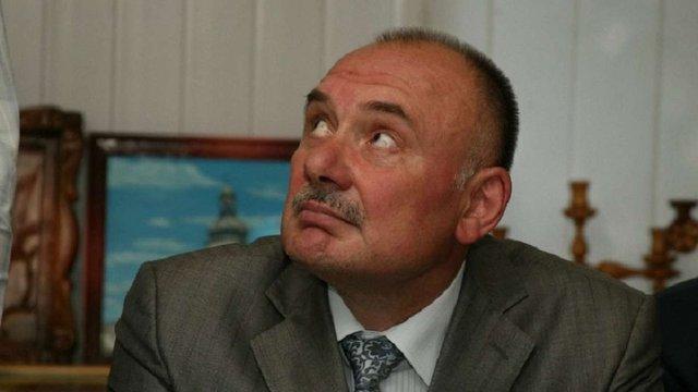 Начальник в'язниць Львівщини володіє сімома земельними ділянками та подарованим будинком