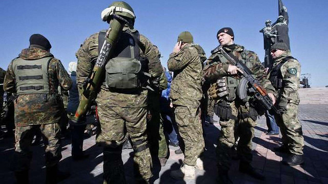 Сто бойовиків у формі ЗСУ виявили поблизу окупованого Донецька