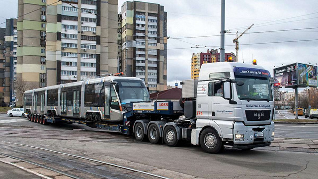 Перший львівський трамвай прибув на тестування до Києва