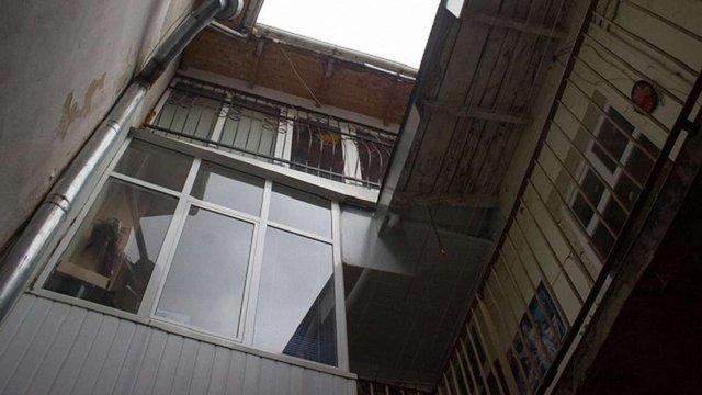 Львів'янин хоче змінити межі історичної частини міста, аби узаконити свій балкон
