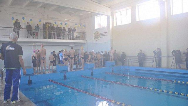 У Львові відкрили 25-метровий критий басейн на армійській спортивній базі