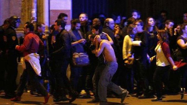 У  паризькому концертному залі - близько 100 загиблих, - AFP