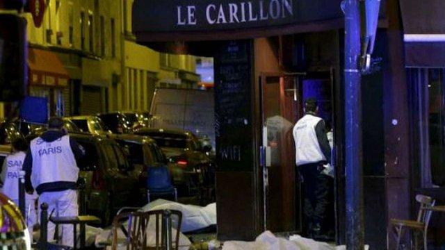 Кількість загиблих внаслідок терактів у Парижі досягла 153 людей