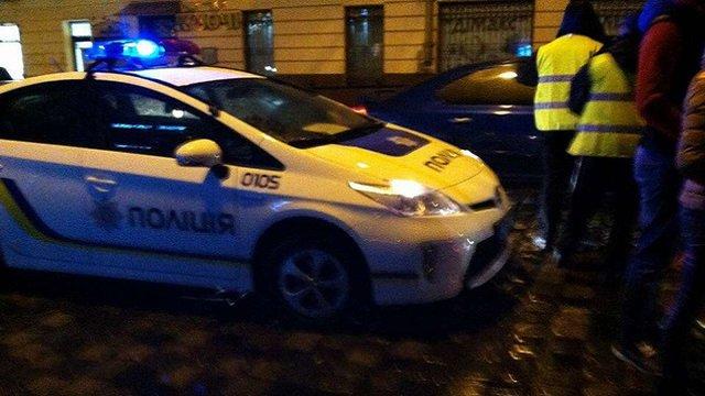 У центрі Львова нетверезий водій збив 20-річну дівчину на пішохідному переході