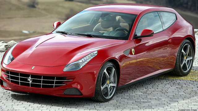 Суд зняв арешт з Ferrari Ставицького