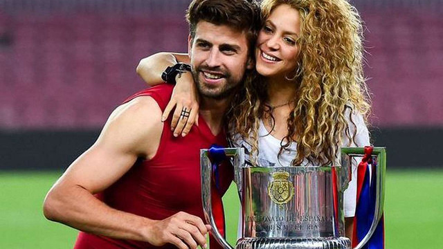Футболіста «Барселони» і співачку Шакіру шантажують інтимним відео