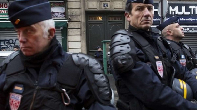 Уряд Франції пропонує посилити режим надзвичайного стану