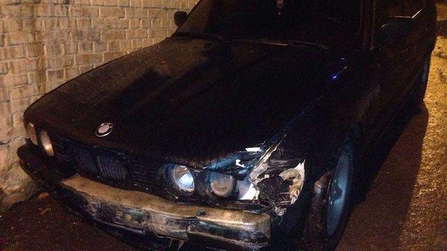Таксист, втікаючи від переслідування поліції у Львові, мало не протаранив їхнє авто