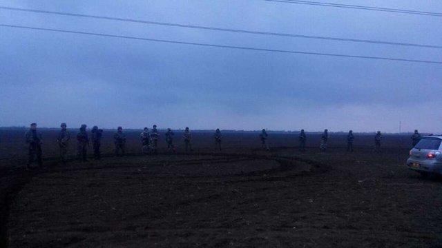 На Херсонщині спецпризначенці застосували силу до учасників блокади Криму
