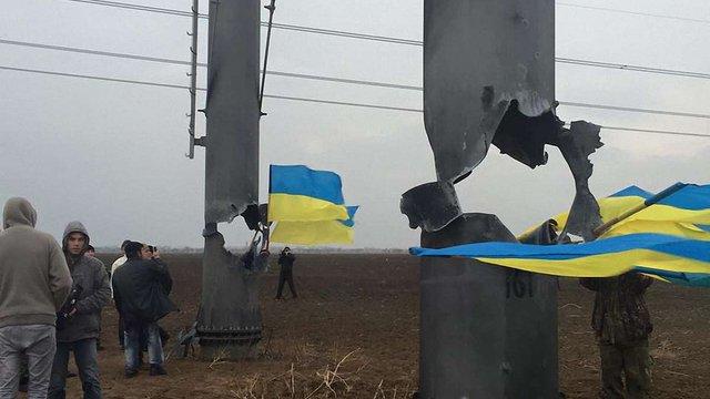 Через підрив електроопор окупований Крим залишився без електропостачання
