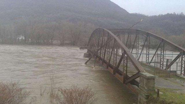 На Закарпатті очікують підйому рівня води у Тисі на 10 метрів