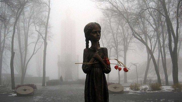 Рекордна кількість українців вважає Голодомор 1932-1933 років геноцидом