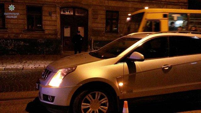П'яний водій після ДТП у Львові залишив в машині власника авто і втік