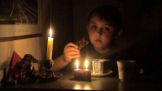 Електрику в Севастополі подаватимуть по дві години на добу