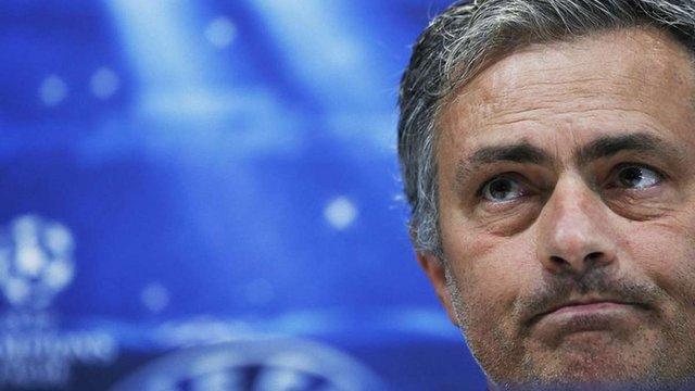 Жозе Моурінью звільнили через конфлікт із деякими гравцями «Челсі»