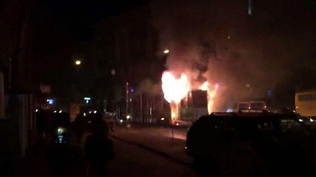 Внаслідок пожежі у львівському трамваї вигоріла кабіна водія та салон одного вагона