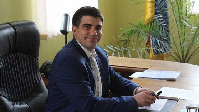 Мер Яворова став корупціонером за допомогу братові