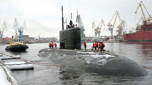 Росія пригнала підводний човен до окупованого Севастополя