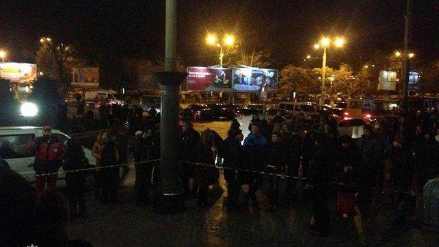 Через неточність погроз «мінувальника» у Львові перевіряли три вокзали