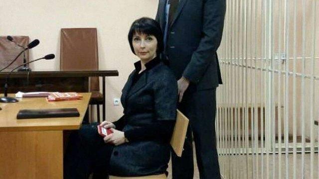 Екс-міністр Лукаш відсудила право виїхати з України