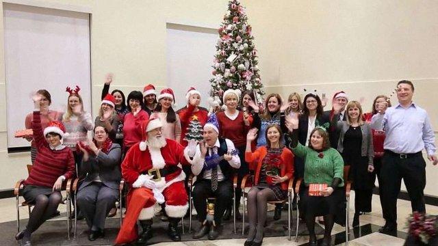 Посольство США привітало українців з Новим роком веселим відео та «печивом від Нуланд»