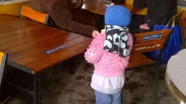 У Червонограді судитимуть жінку за жебракування з малими дітьми