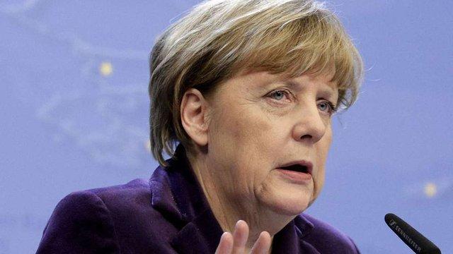 Меркель впевнена у продовженні санкцій проти Росії