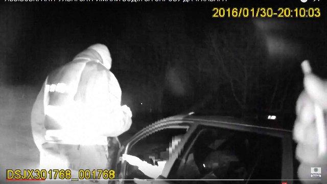 П'яний водій пропонував хабара львівським патрульним