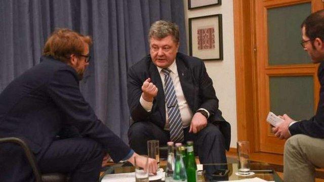 Порошенко: зросла загроза відкритої війни з Росією