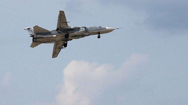 Прикордонники зафіксували російський МІ-8 і бомбардувальник СУ-24 в зоні АТО та біля Криму