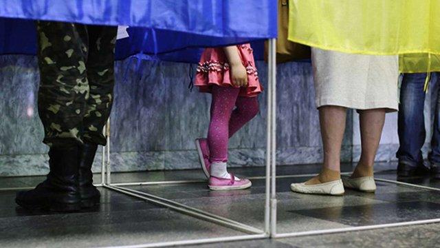 Половина українців хочуть перевиборів парламенту та президента