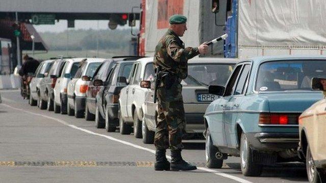 Смуги для авто з іноземною реєстрацією можуть з'явитись в усіх пунктах пропуску з Польщею