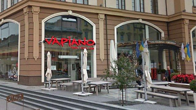 Львівський ресторан вибачився за те, що вигнав хворого на ДЦП клієнта