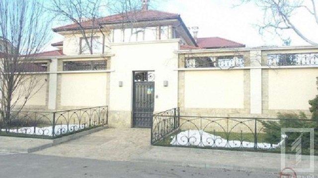 В Одесі кинули гранату на подвір'я власника відомої експедиторської фірми
