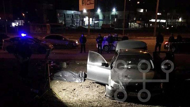 У Києві вночі поліція вогнем у відповідь застрелила втікача на BMW